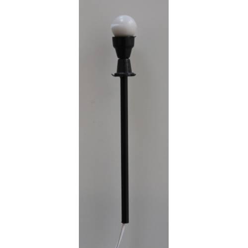 LAMPADAIRE EXT 1